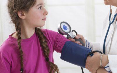 Σε ποιες ηλικίες χρειάζεται καρδιολογικός έλεγχος στα παιδιά;